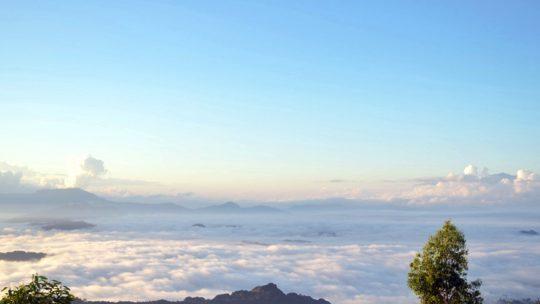 Batutumonga Negeri di atas awan