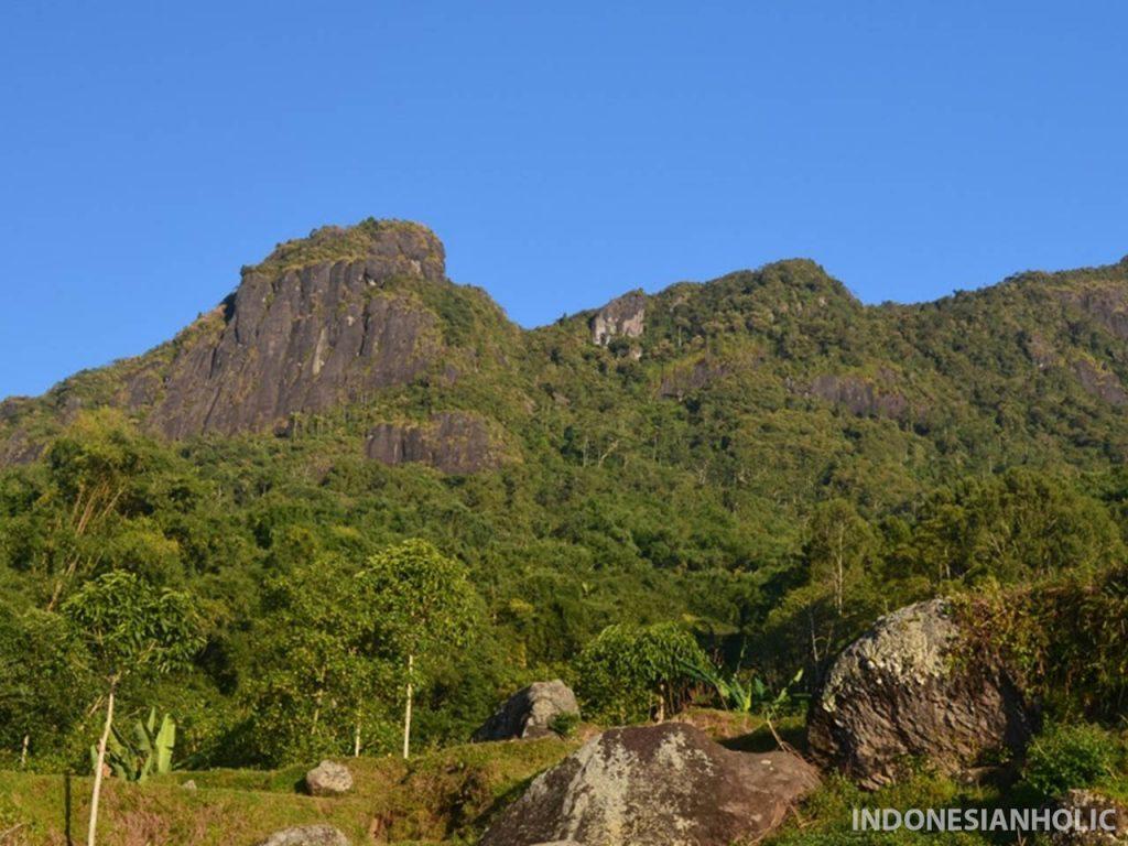 Gunung Sesean Tana Toraja