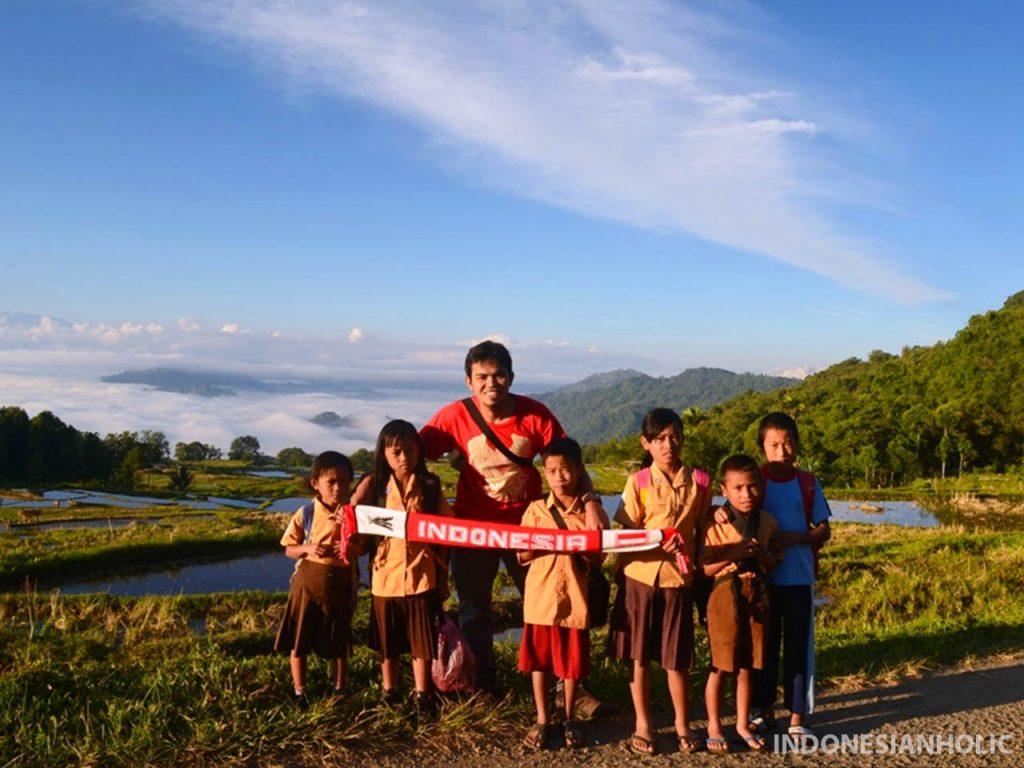 Kehidupan anak sekolah di Toraja Utara