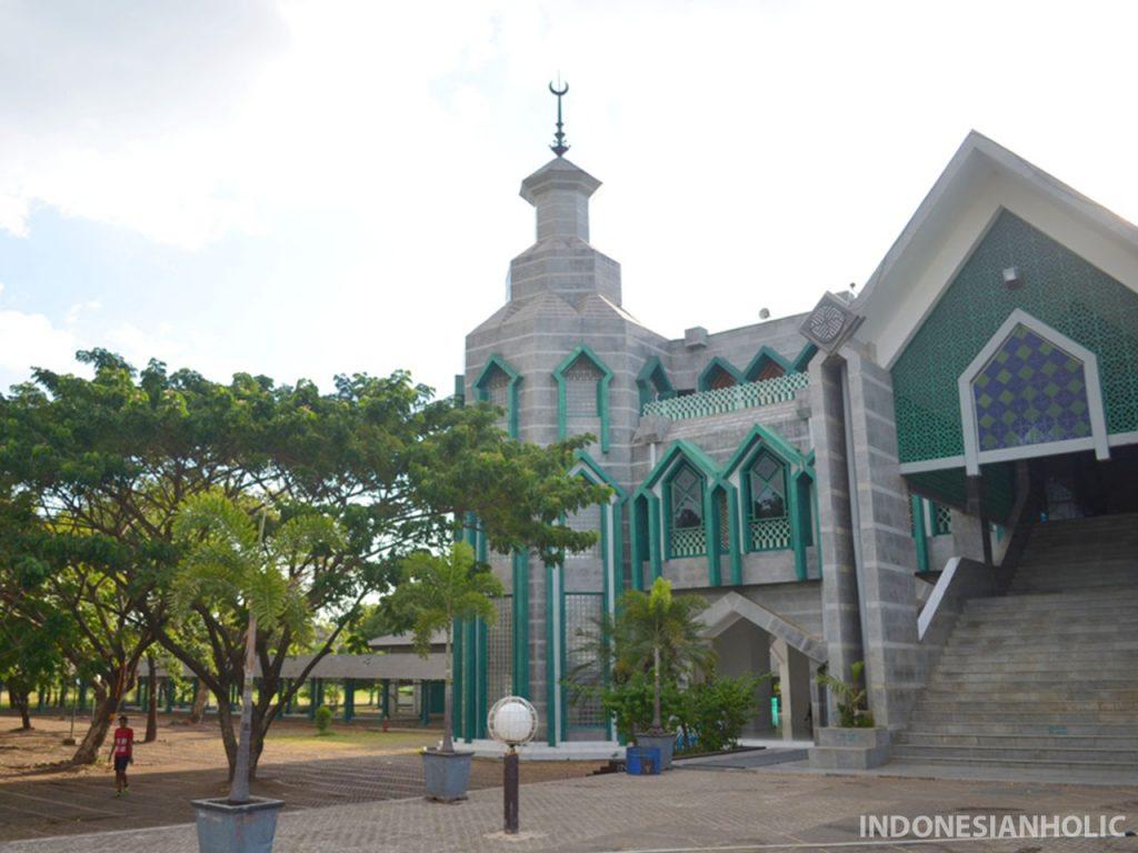 Masjid Al Markas Al Islami Makassar