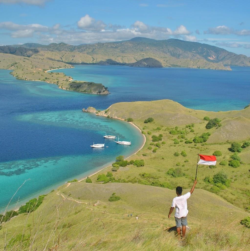 Ahmad Hasanela, Sang Penjelajah Indonesia Timur