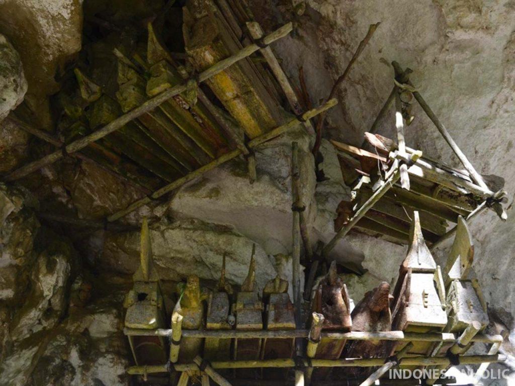 Makam di Londa Toraja